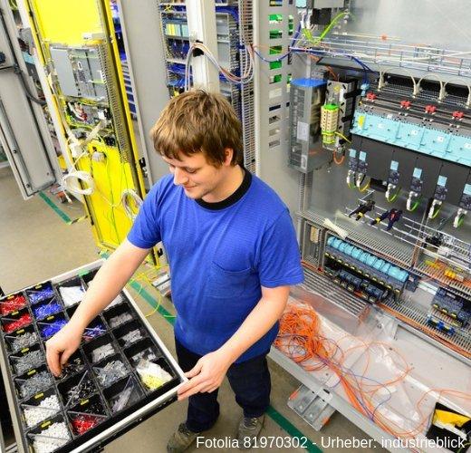 Werde Elektriker, Elektroniker oder Mechatroniker und finde Deinen Traumjob