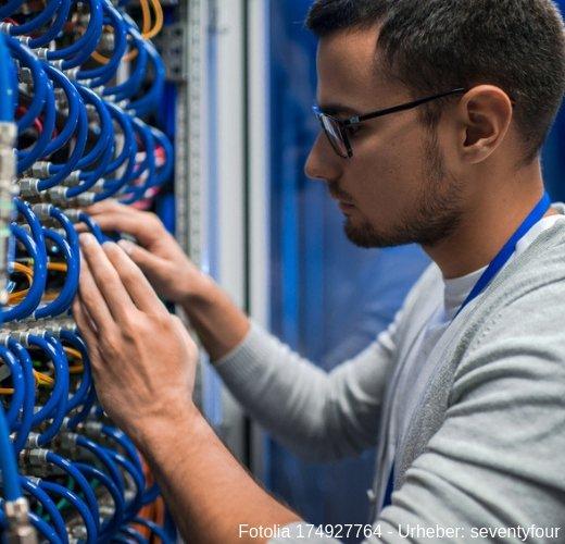 Servicetechniker für Industrieanlagen ist ein spannender und Vielseitiger Beruf