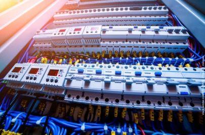 Elektrotechniker Gehalt - Dein Gehalt hängt von Deinen Qualifikationen ab