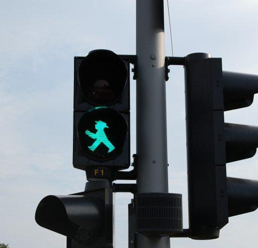 traffic-lights-271244_1920